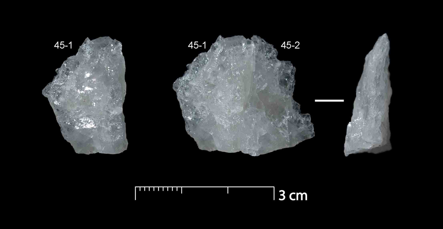 quartz flake fragments